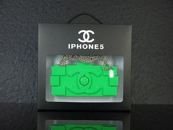 10-Chanel-lego-phone-case