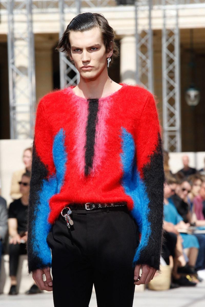 10 Louis Vuitton Vogue Runway 16