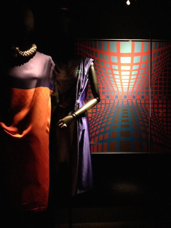 10 Victor-Vasarely-Dries-Van-Noten-Inspirations-exhibition-Disneyrollergirl