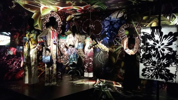 15 Dries-Van-Noten-Inspirations-exhibition-Mugler-1987-silk-robe-flower-detail-disneyrollergirl