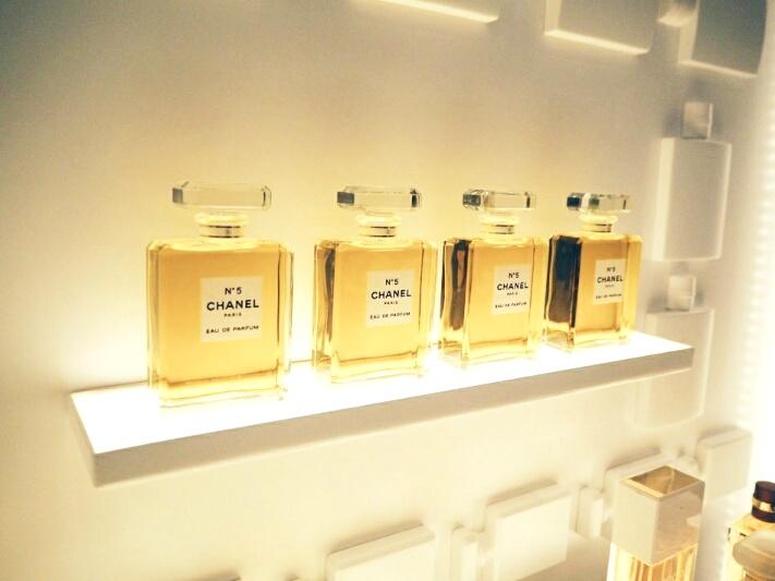 3 Chanel-Burlington-arcade-beauty-boutique-disneyrollergirl