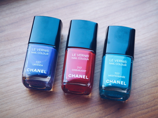 Chanel Collection Mediterranee nail colours in Lavanda, Coquelicot and Meiterranee