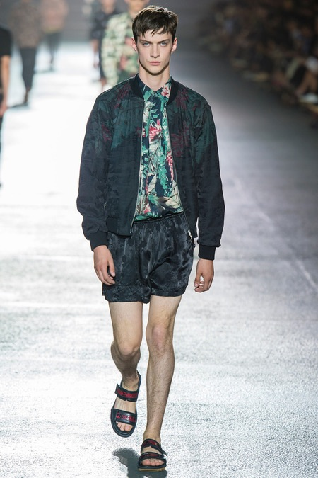 3 Dries-van-noten-ss14-masculine-floral-jacket