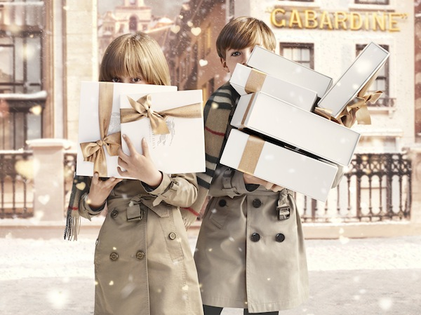 4 Burberry-With-Love-Christmas-campaign