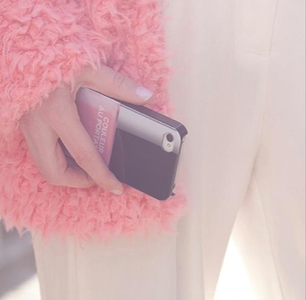 4 Chanel-phone-case-cocorosas