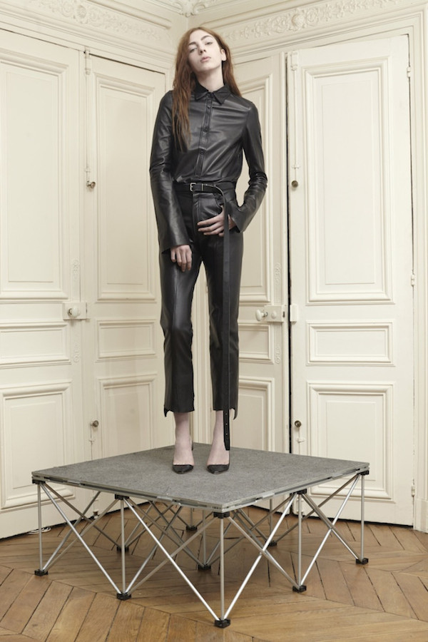 4 Vetements-aw14-disneyrollergirl