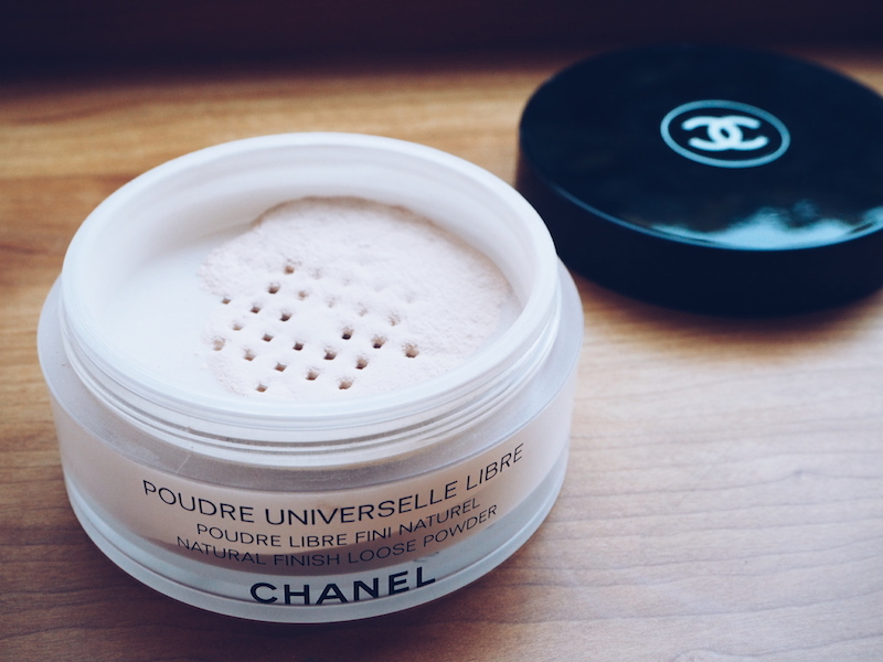 How to fake an autumn glow using Chanel Poudre Universelle In Beige Lumiere