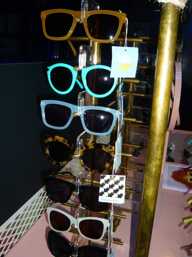 6 Karen-Walker-Candy-Bar 6