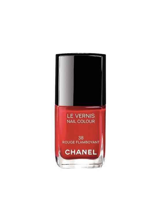6 Les-Rouges-Culte-de-Chanel-Rouge-Flamboyant-38-nail-colour