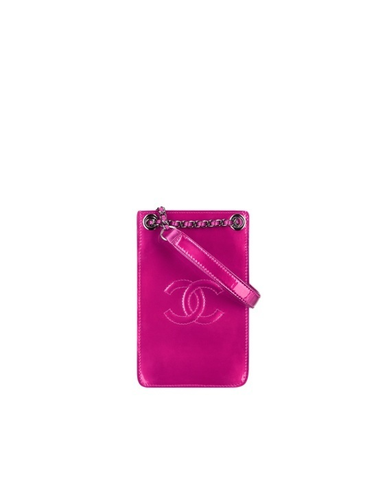 7 Chanel-travel-wallet-phone-case