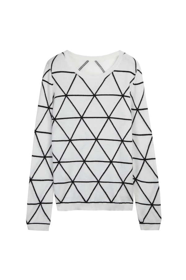 8 All over triangle intarsia sweater in ecru:navy  – Chinti and Parker meets Patternity - £420