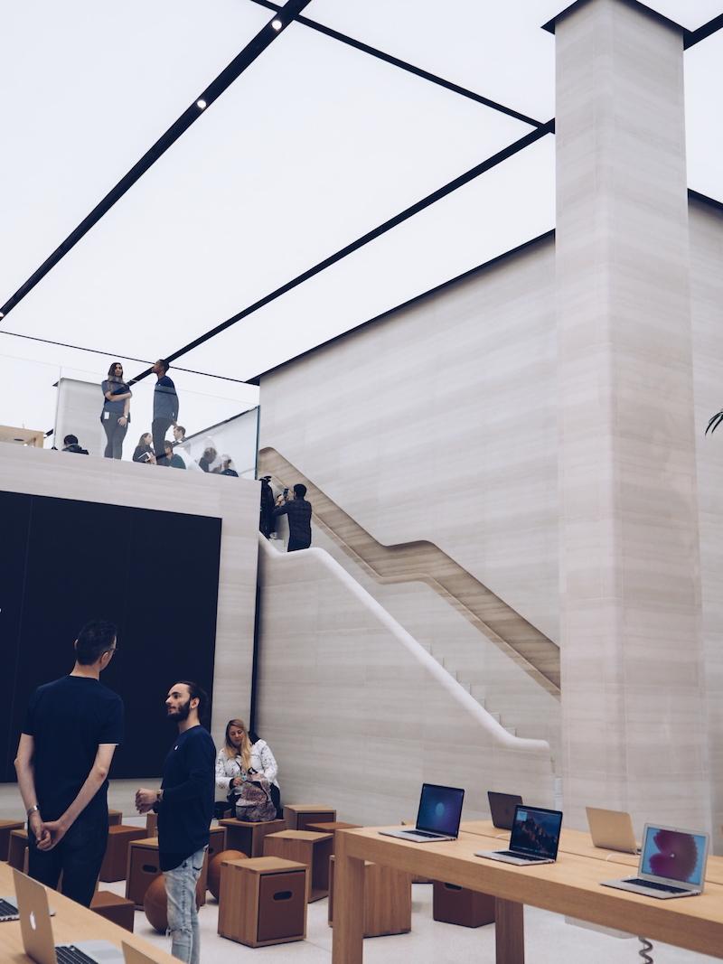 Apple Regent Street interior design