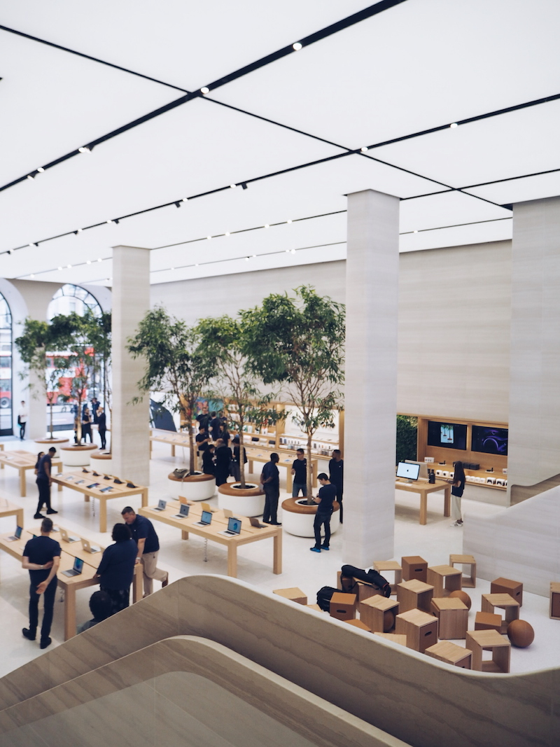 Apple Regent Street architecture