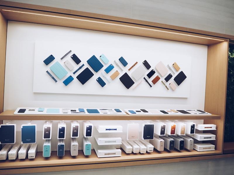 Apple Regent Street product displays