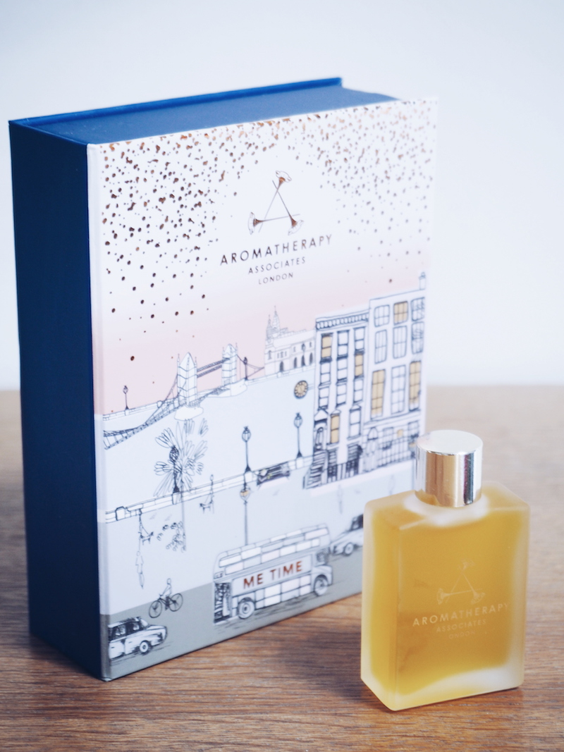 Aromatherapy Associates Me Time Renewing Rose bath and shower oil