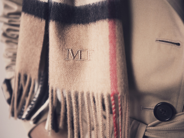 Burberry-monogram-scarf 2
