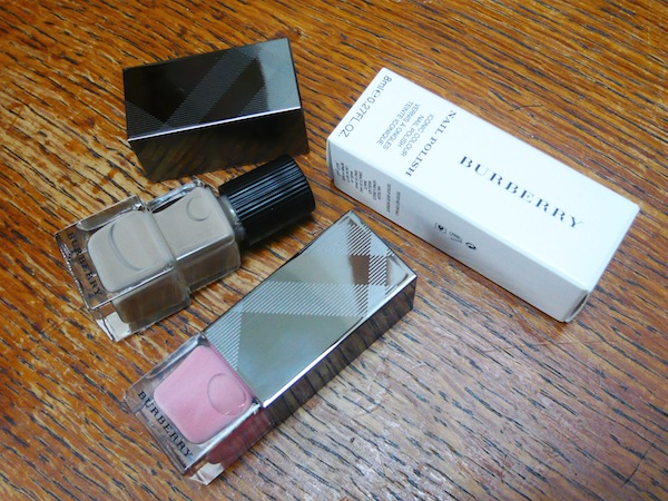 Burberry-ss14-nails-Mink-Rose-Pink 2