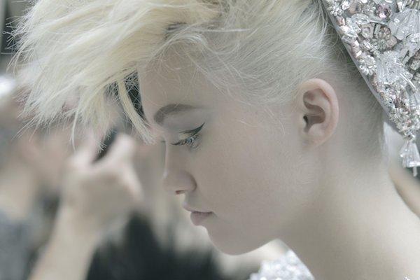 CHANEL-Couture-fall-2014-15-Baskstage-Makeup-photographer-Romina-SHAMA