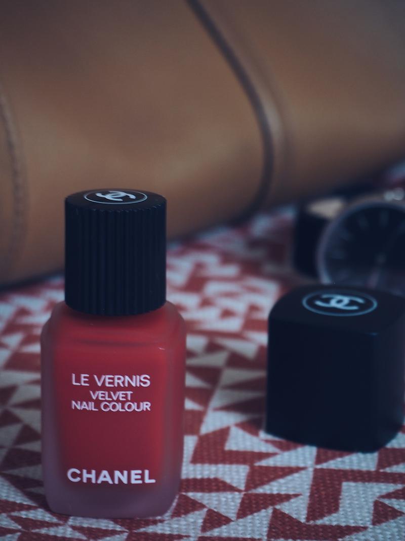 Chanel Le Vernis Velvet Nail colour 636 Ultime