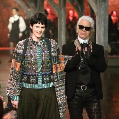 Chanel-Metier-dart-Karl-Stella-Tennant