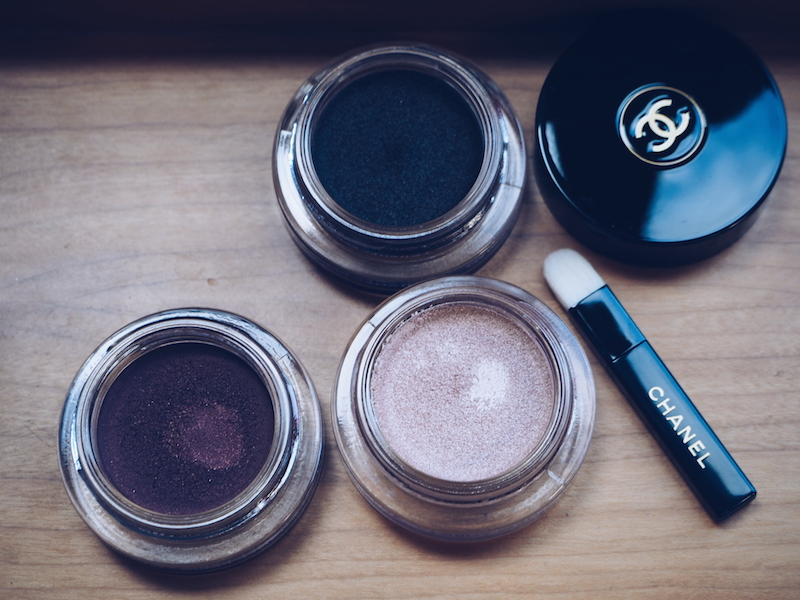 Chanel Ombre Premiere Cream shadow. Clockwise from top Noir Petrole, Scintillance, Pourpre Profond