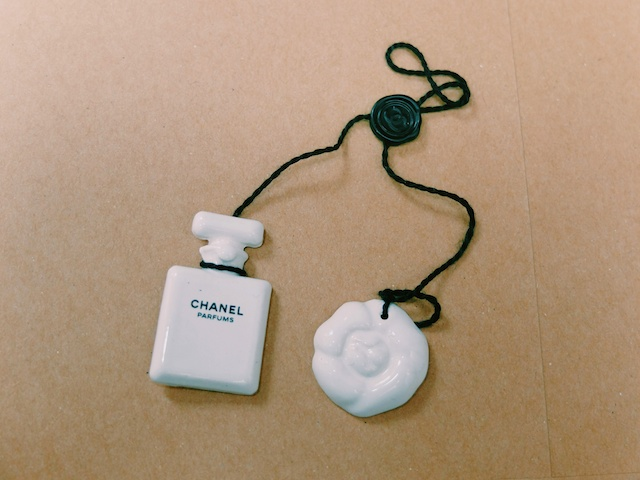 Chanel-ceramic-fragrance-blotter