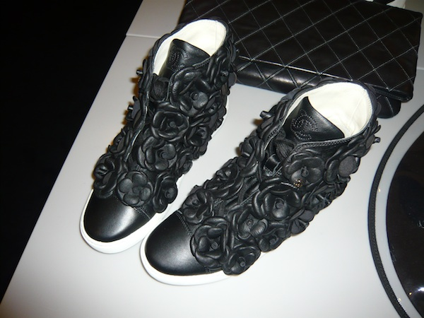 Chanel-ss13-leather-flower-applique-trainers-sneakers