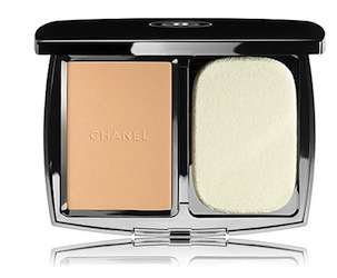 Chanel-vitalumiere-compact-douceur