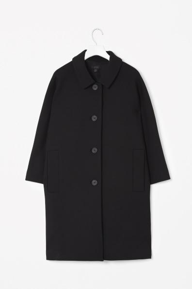 Cos-Curved-shoulder coat
