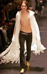 Dior-Hommes-gold-boots-Hedi-Slimane 7