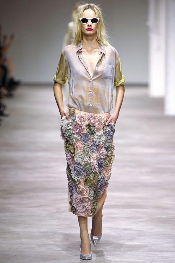 Dries-Van-Noten-ss13-3D-skirt