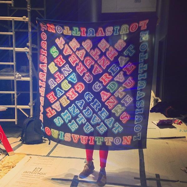 Eine-Louis-Vuitton-scarf