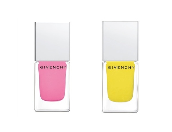Givenchy matte nails in Rose Evocation and Jaune Expression