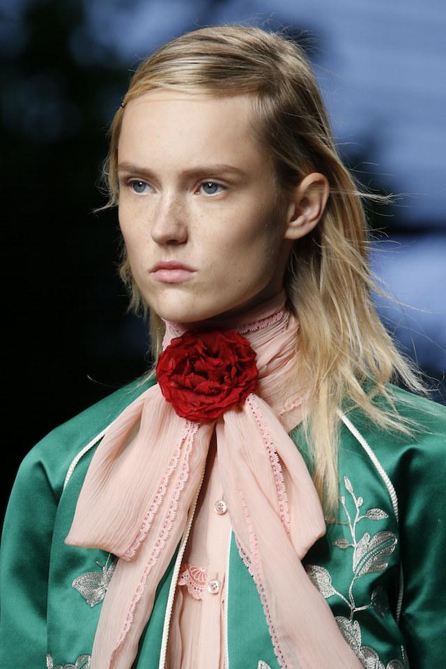 Gucci ss16 corsage