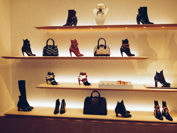 Harrods-Shoe-Heaven-Louis-Vuitton-disneyrollergirl-2