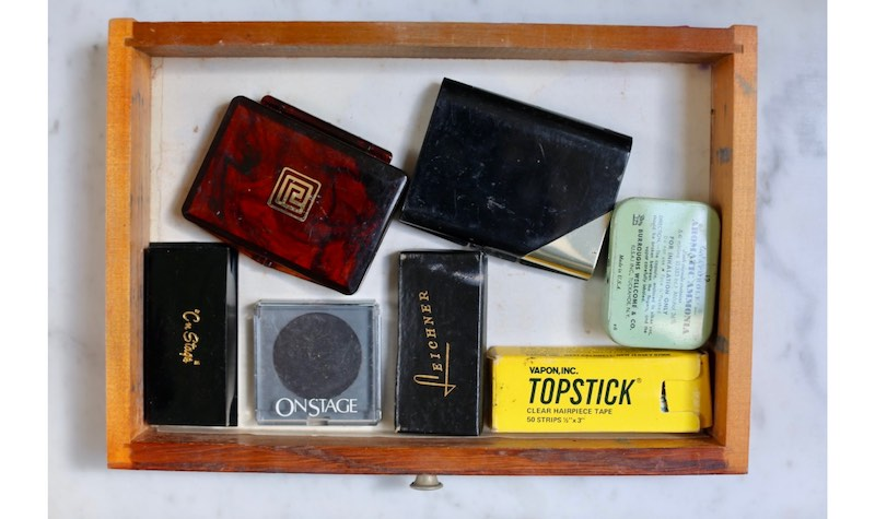 Inside Frank Sinatra's make-up kit