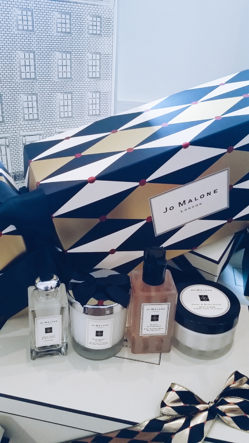 Jo Malone Christmas 2016 collection jumbo cracker contents