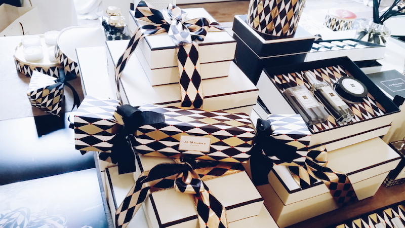 Jo Malone Christmas 2016 collection jumbo cracker with bespoke contents