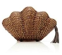 Kayu-straw-clutch