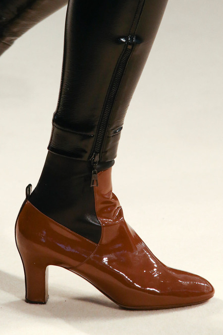 Louis-Vuitton-Charlotte-Gainsbourg-Nicolas-Ghesquiere 3