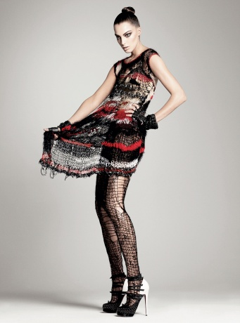 MET-Punk-chaos-to-couture