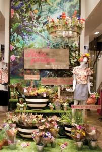 Oasis-flower-stall