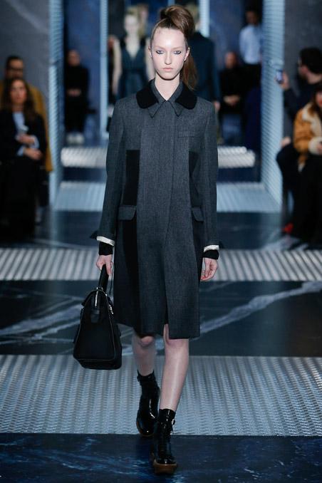 Prada-menswear-womenswear-Aw15  4