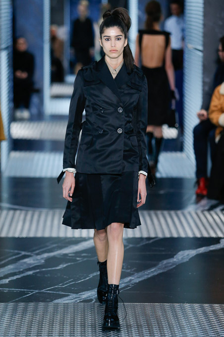 Prada-menswear-womenswear-Aw15  9