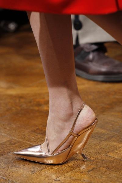 Raf-Simons-Dior-aw12-couture