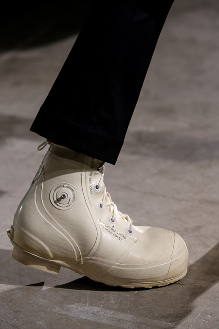 Raf-Simons-Sterling-Ruby-Aw14-cartoon-boots