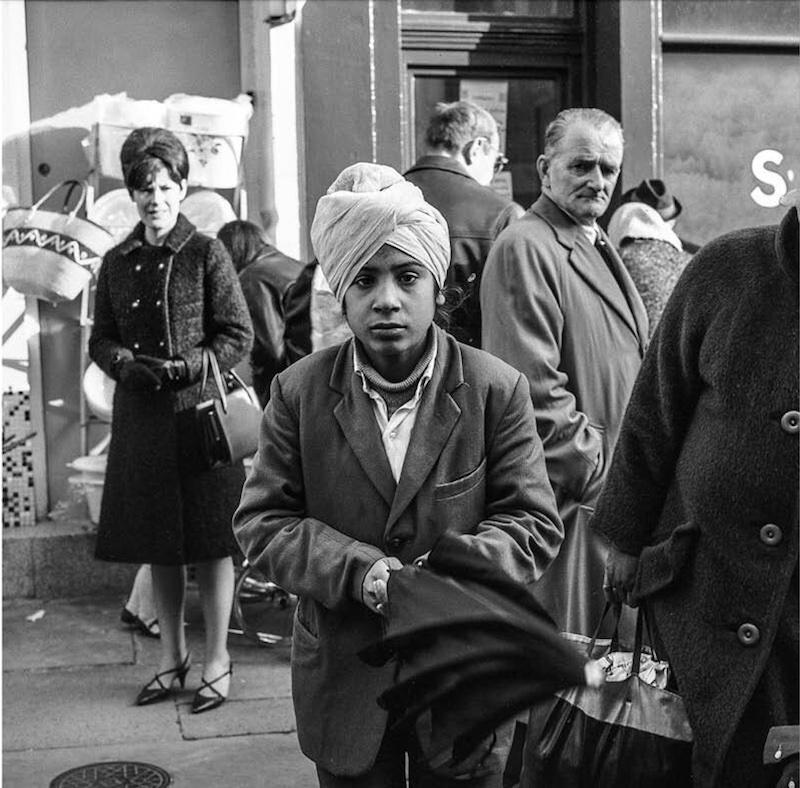 Roger Taylor - Petticoat Lane London 1966 Cafe Royal Books