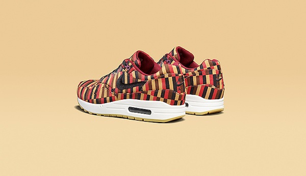 Roundel-by-London-Underground-Nike-Air-Max-collection-02