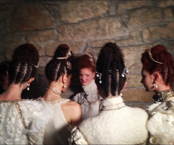 Sam-McKnight-Chanel-Métiers-d'Art-Linlithgow-Palace 2