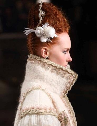 Sam-McKnight-hair-Chanel-Métiers-d'Art-Linlithgow-Palace